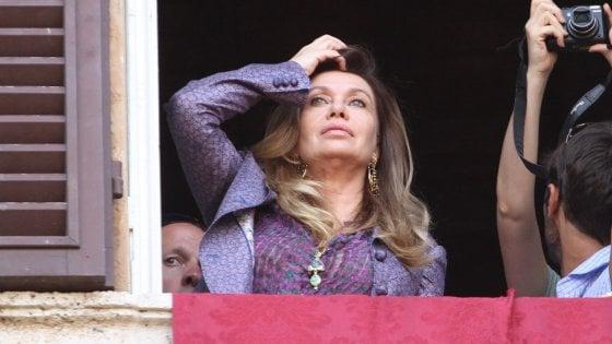 """Divorzio Berlusconi, Veronica attacca: """"Ho rinunciato alla mia carriera d'attrice per lui"""""""