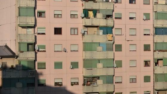 Milano, occupazioni abusive a due velocità: boom per le case Aler e calo per quelle Mm