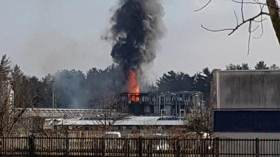 Bulgarograsso, esplosione all'azienda Ecosfera: si teme contaminazione chimica