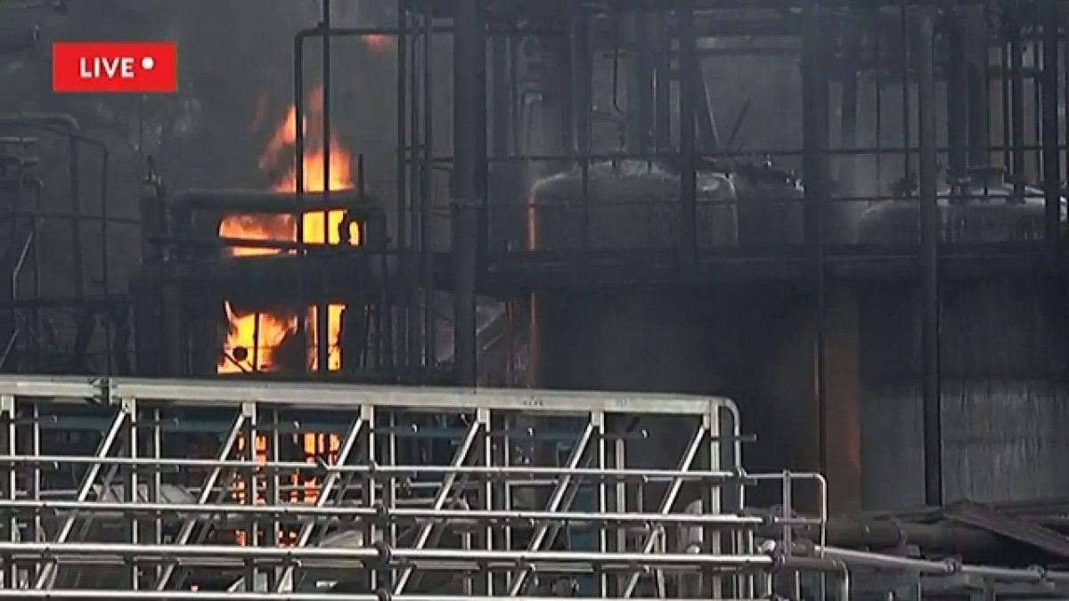 Esplosione In Un Azienda Chimica Del Comasco Operai