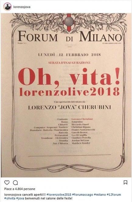 Jovanotti, la locandina per il tour a Milano copia quella della Prima della Scala