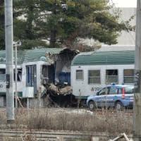 Treno deragliato a Pioltello, le telefonate dei passeggeri al 112: