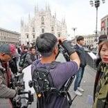 Milano è un set ideale  oltre tremila richieste  in sei anni per foto e riprese