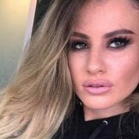 Milano, modella rapita piange nei luoghi del sequestro: