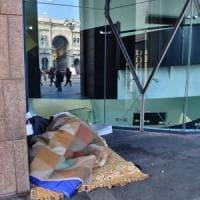 Milano, il grande censimento dei clochard: la Bocconi manda 700 universitari in strada...