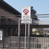 Parcheggi riservati alle donne a Vimercate in vista dell'8 marzo. Su Fb