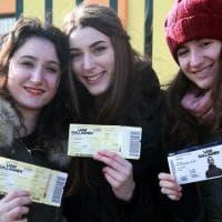 Buran non ferma i fan di Liam Gallagher, in coda per ore nella gelida Milano