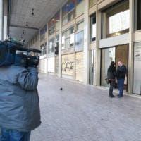 Clochard 47enne muore di freddo a Milano, i suoi compagni di strada: