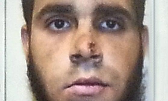 Milano, ferì a coltellate due militari e un agente in Centrale: sette anni a Hosni