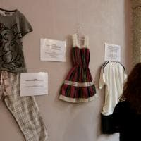 'Com'eri vestita?': in mostra a Milano gli abiti delle vittime di violenza