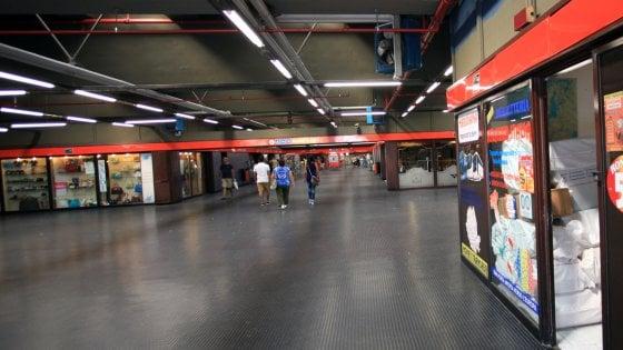 Evacuata la metro per possibile