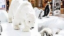 Peluche a grandezza naturale per la mostra Animals del WWF