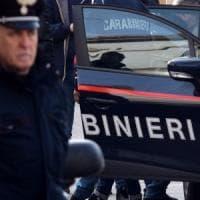 Milano, falso allarme bomba in via Tabacchi: evacuato il liceo Agnesi, traffico in tilt
