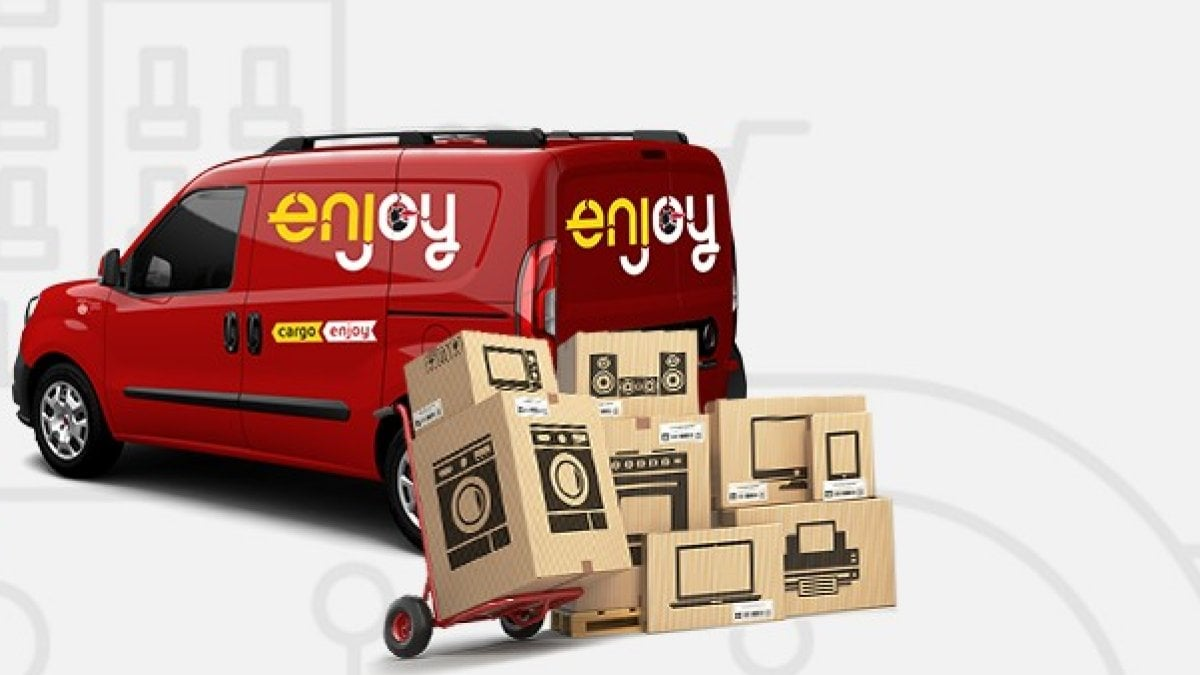 Enjoy in formato cargo a milano debutta lo sharing del for Cargo mobili milano
