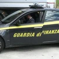 Traffico di droga dall'Albania verso Italia e Svizzera, sequestrati 450