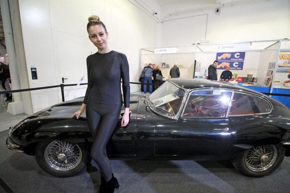 Dall'auto di Diabolik ai vinili di Modugno e Mia Martini: a