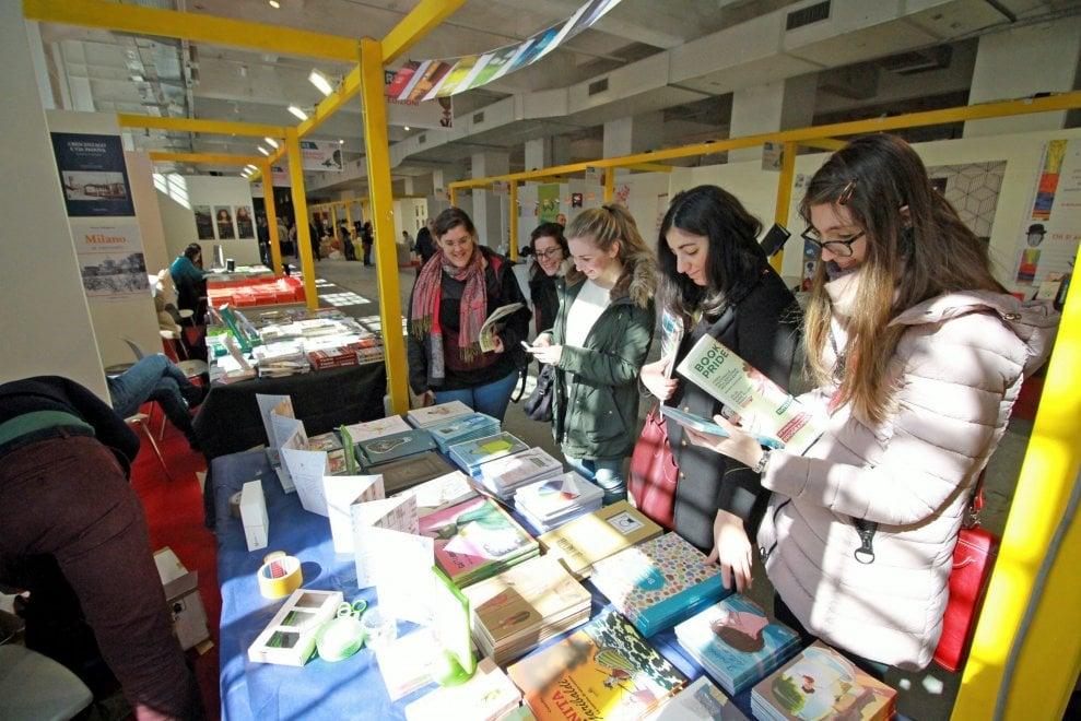 """Milano: riapre Book Pride, la fiera dell'editoria indipendente dedicata a """"Tutti i viventi"""""""