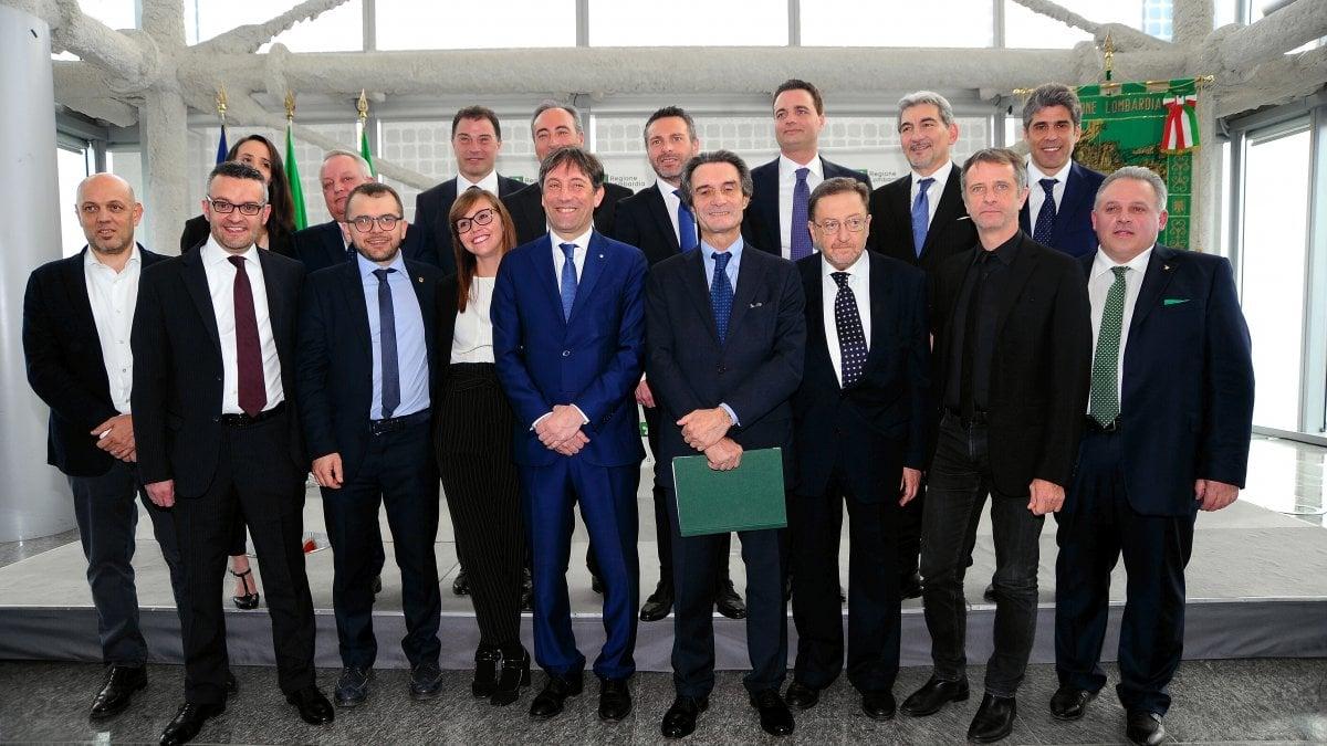 Regione Lombardia, Fontana vara la sua giunta: metà degli assessorati alla  Lega - la Repubblica