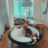Milano, Fedez affitta casa: 270 metri nel nuovissimo quartiere Citylife, ecco quanto costa
