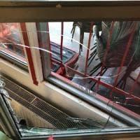 Milano, blitz all'Istituto pedagogico della Resistenza: i danni