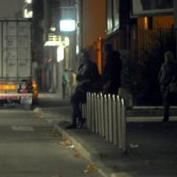 Spari nella notte a Milano: ferito un transessuale