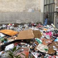 Milano, incendio in casa a Chinatown: i resti del rogo