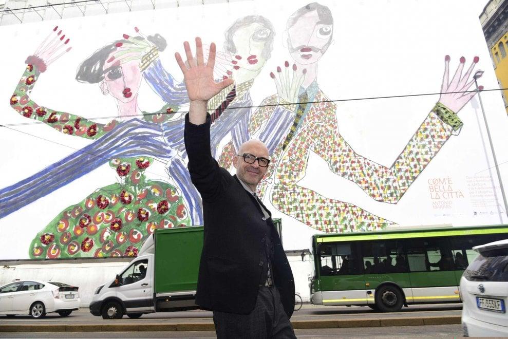Milano, la maxi installazione di Antonio Marras sulla facciata del Lirico