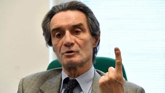 """Regione Lombardia, M5S e Pd contro il governatore Fontana: """"Il no al patrocinio del Gay Pride è antistorico"""""""