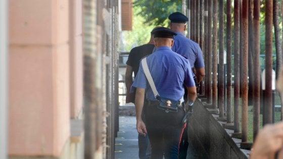 Brescia, accoltella il marito in casa: arrestata in flagranza una 47enne