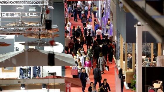 """Milano apre le porte al design. Sala: """"Aspettiamo 400mila visitatori"""", i numeri del Salone del Mobile 2018"""