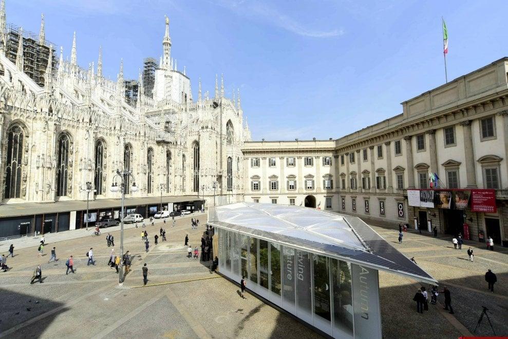"""in piazza Duomo le 4 stagioni """"vivono"""" insieme"""