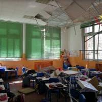 Busto Arsizio, crolla controsoffitto in una seconda elementare: l'aula danneggiata