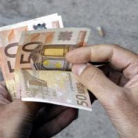 Milano, si fingeva politico per non pagare: condannato a usare i contanti