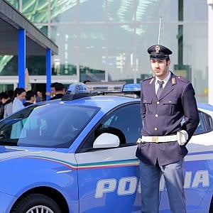 Salone del mobile la polizia contro furti e scippi a rho e nelle notti della movida - Salone del mobile torino ...