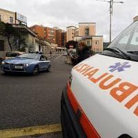 Brescia, tragica fatalità: cade dal balcone di casa e muore