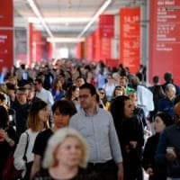 Milano, turisti e affari: il design conquista l'edizione record del Salone