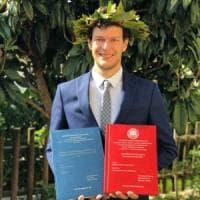 Bergamo, la storia di Fabio: sordo dalla nascita ha due lauree, un lavoro