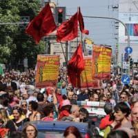25 aprile a Milano, fischi e insulti contro la Brigata ebraica. Camusso: