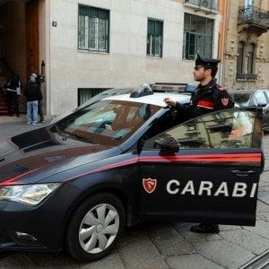 Milano, paura alla sala slot: irruzione con fucili a pompa, bottino da 4mila euro