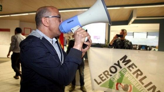 Protestano i facchini di leroy merlin occupazione for Leroy merlin cremona