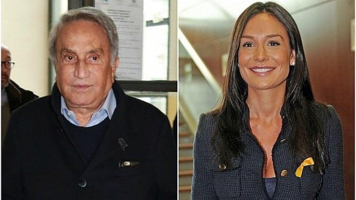 Nicole Minetti come Marco Cappato nel caso dj Fabo. Il
