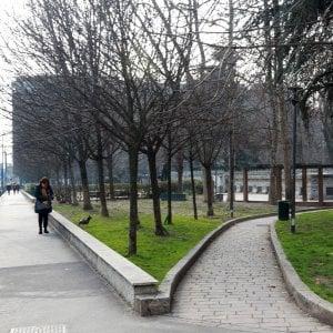 Milano, si sfidarono a colpi di coltello per una donna: tutti e due in manette