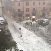 Piogge torrenziali e grandine: Legnano paralizzata dalla bomba d'acqua