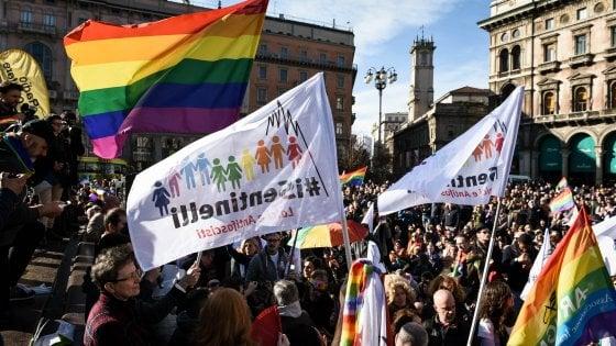 """Forza Nuova a Milano nel giorno della manifestazione contro l'omofobia, Anpi: """"Una provocazione"""""""