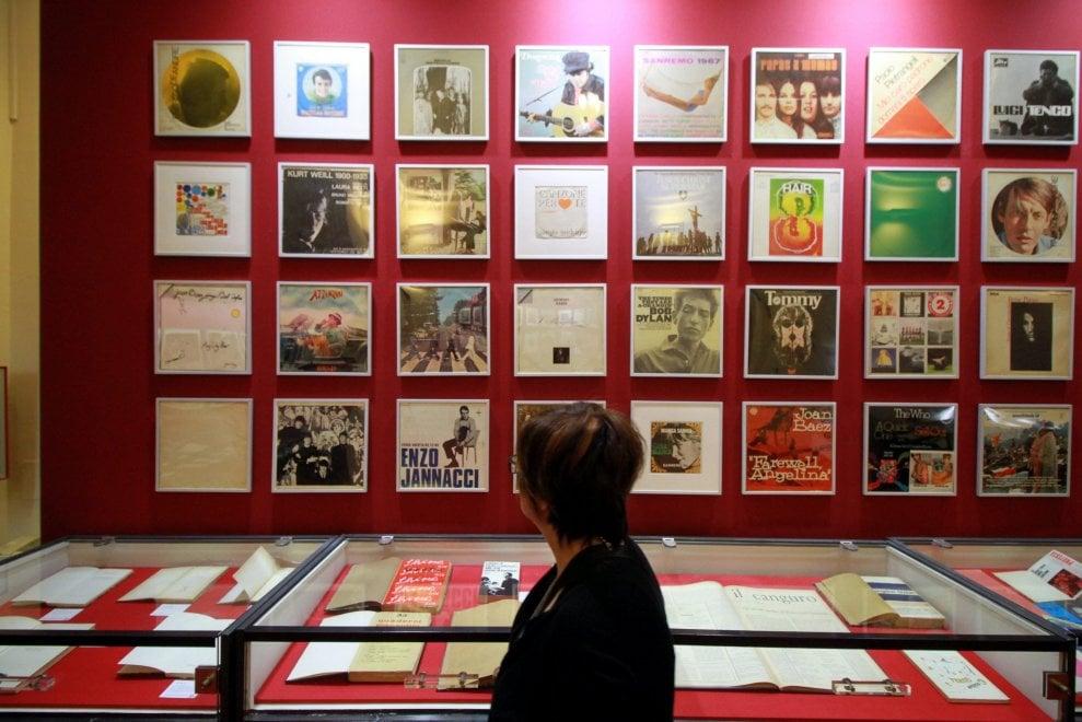 Da Pasolini a Bob Dylan, il '68 tra cultura e contestazione in mostra a Milano