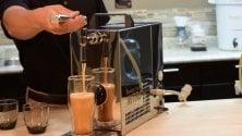 Lungo, freddo e alla spina: al Milano Coffee Festival sbarca il caffè all'azoto  ·   Video