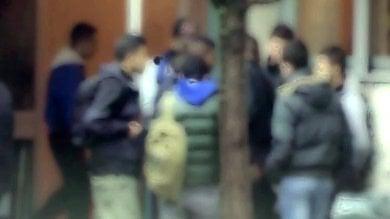 Cremona: gestiva lo spaccio nelle scuole, arrestato minorenne dopo mesi di indagini