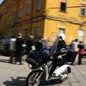 Milano, il postino che non voleva consegnare le lettere