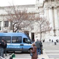 Milano, patto per la sicurezza: più polizia in strada e un piano per gli