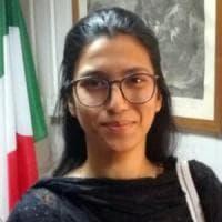 Farah, rientrata in Italia la ragazza pachistana riportata in patria per